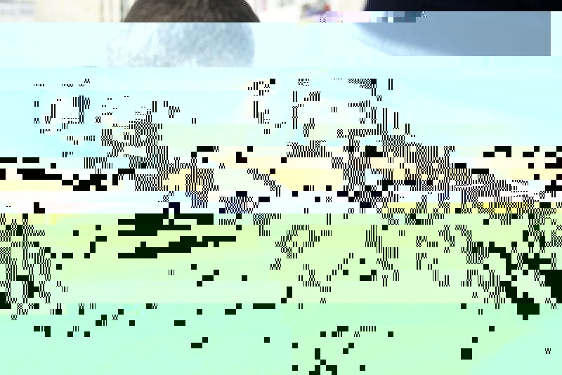 2017-04-27T171801Z_1_LYNXMPED3Q1EV_RTROPTP_3_FRANCE-ELECTION-MACRON.JPG.cf